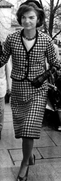 Jackie Kennedy Pregnant: Friday Fashion: Mid Century Fashion Icon